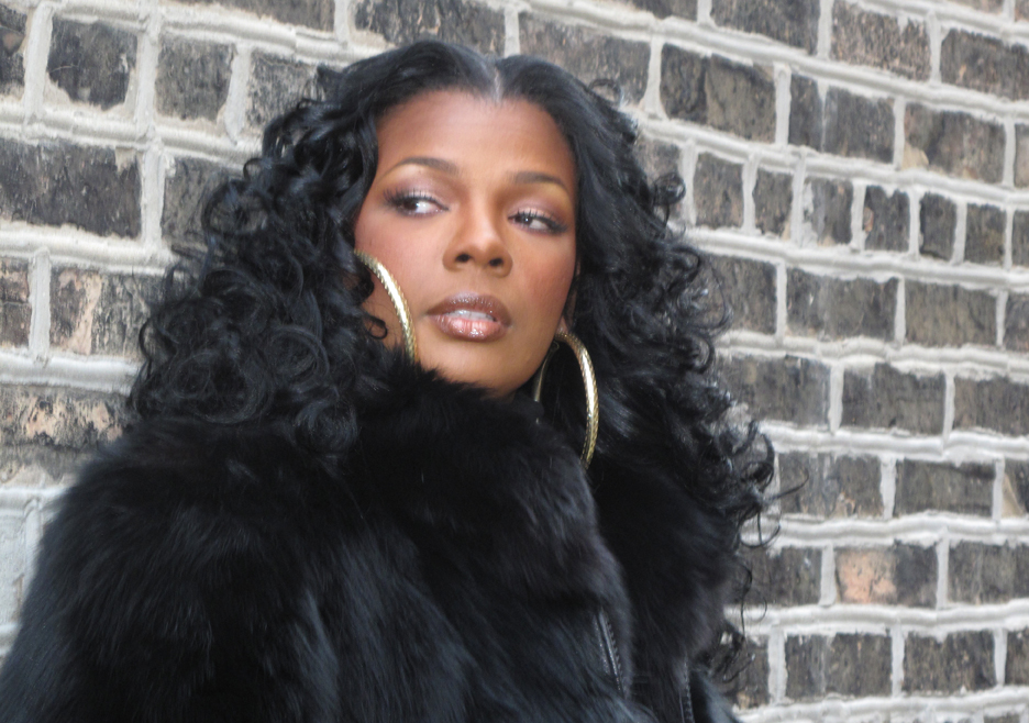 Syleena Johnson Sort of Blames Faith Evans for Grammys Snub