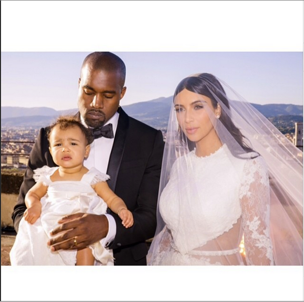 Money Grubbing Monster-In-Law Momager Kris Jenner Is Super Salty Yeezus Turned Down $11 Milli To Sell KimYe Wedding Pictures!!!