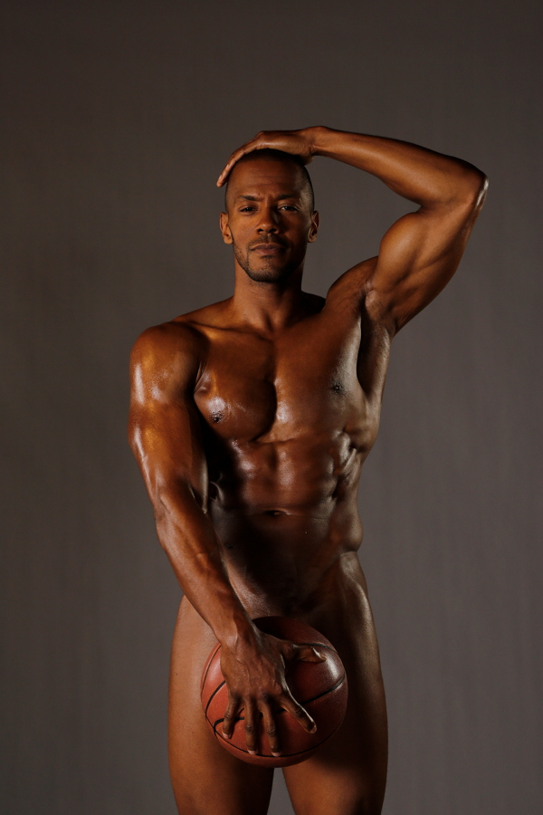 """Hit The Floor"" Stars McKinley Freeman & Rob Riley Go TOTALLY NUDE..With (Basket)Balls"