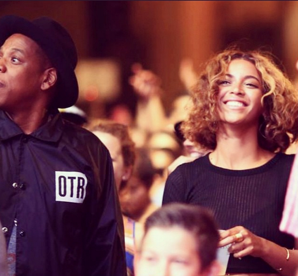 Beyonce & Jay Z Turn Heads At 'Made In America'