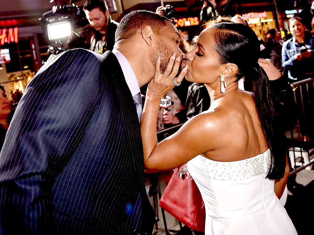Will and Jada Pinkett Smith Turn On the Flirt at Focus Premiere
