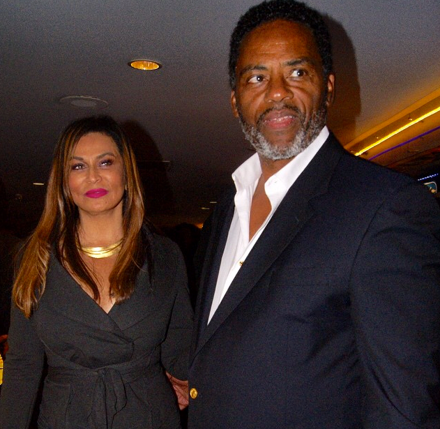 Tina Knowles Ties the Knot
