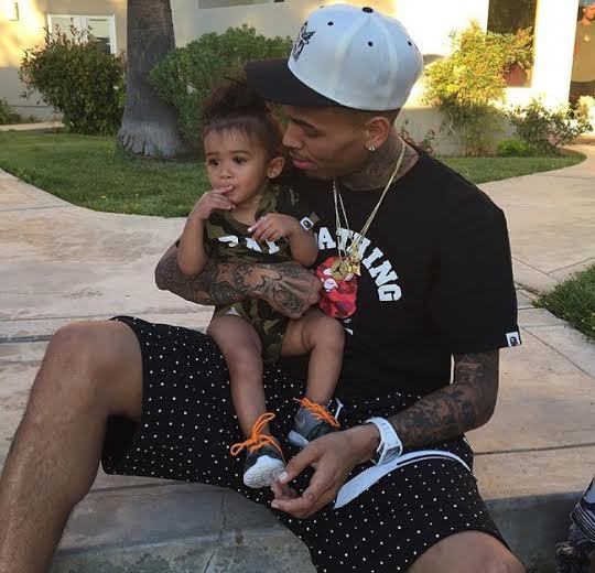 Chris Brown Denies Being A Bad Father After Nia Guzman Claims