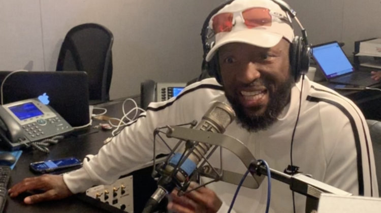 Why Would Rickey Smiley Wear This On Such A Big Day? [VIDEO]