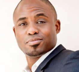 Is Wayne Brady Living With His Ex-Wife? [VIDEO]