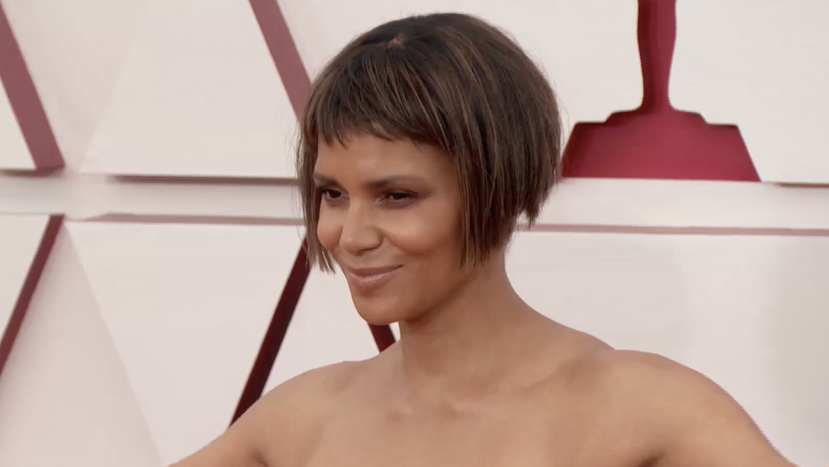 Halle Berry's Shocking Look | Charles Barkley's Latest Disrespectful Comment [VIDEO]